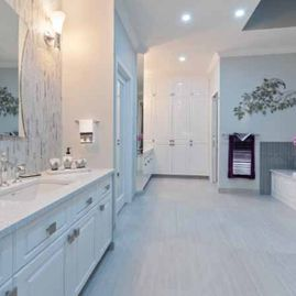 Portfolio-Traditional-grey-and-white-traditional-bathroom-reno