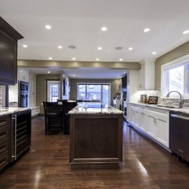 Portfolio-Traditional-Hardwood kitchen